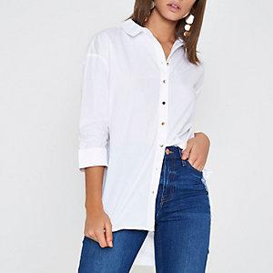 Wit overhemd met strik op de rug