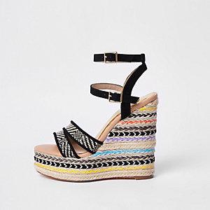 Chaussures rayées noires à talons compensés pointure large