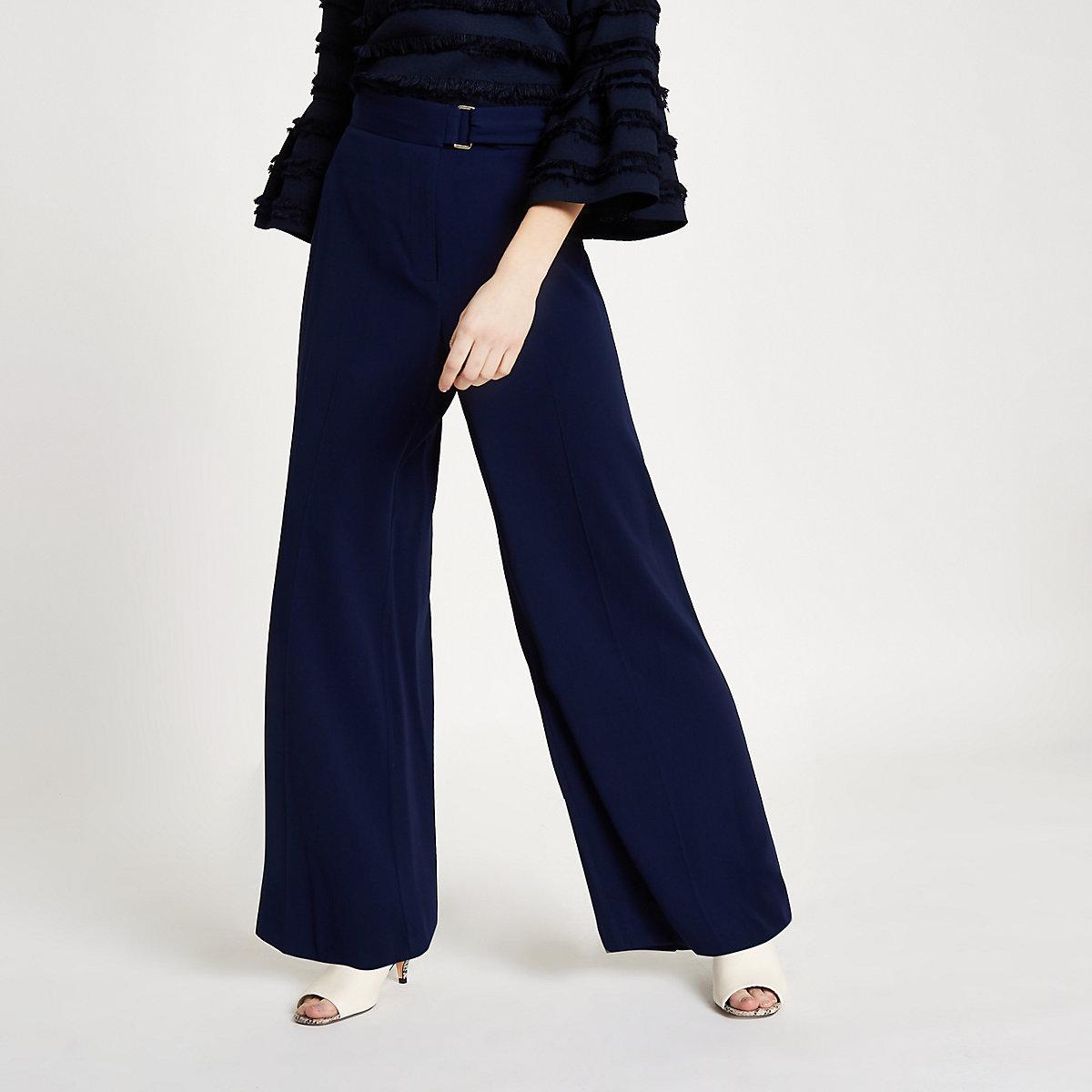 Petite – Pantalon large bleu marine à ceinture - Pantalons larges ... 0d27a2c2df6