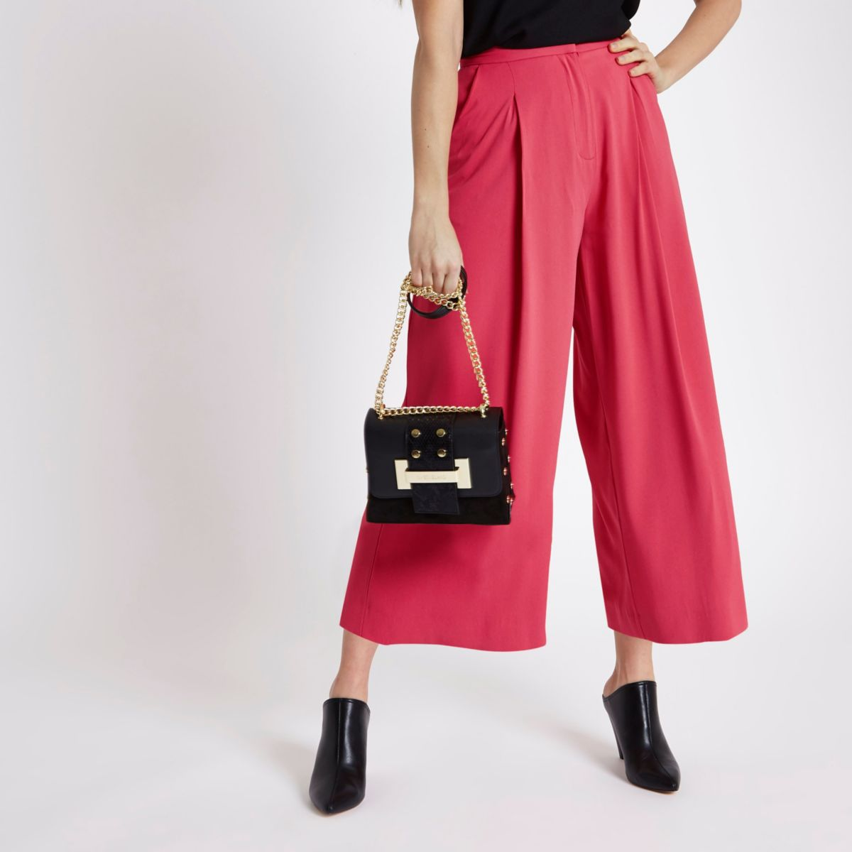 Coral pink culottes