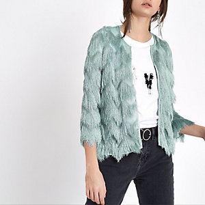 Hellgrüne Jacke mit Fransen