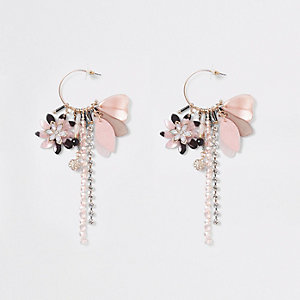 Boucles d'oreilles pendantes dorées à breloques roses façon créoles
