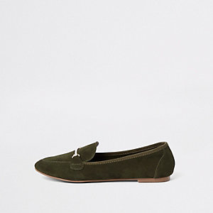 Grüne Loafer aus Wildleder