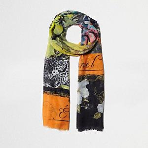 Zwarte lichtgewichte sjaal met bloemen-  en verschillende prints