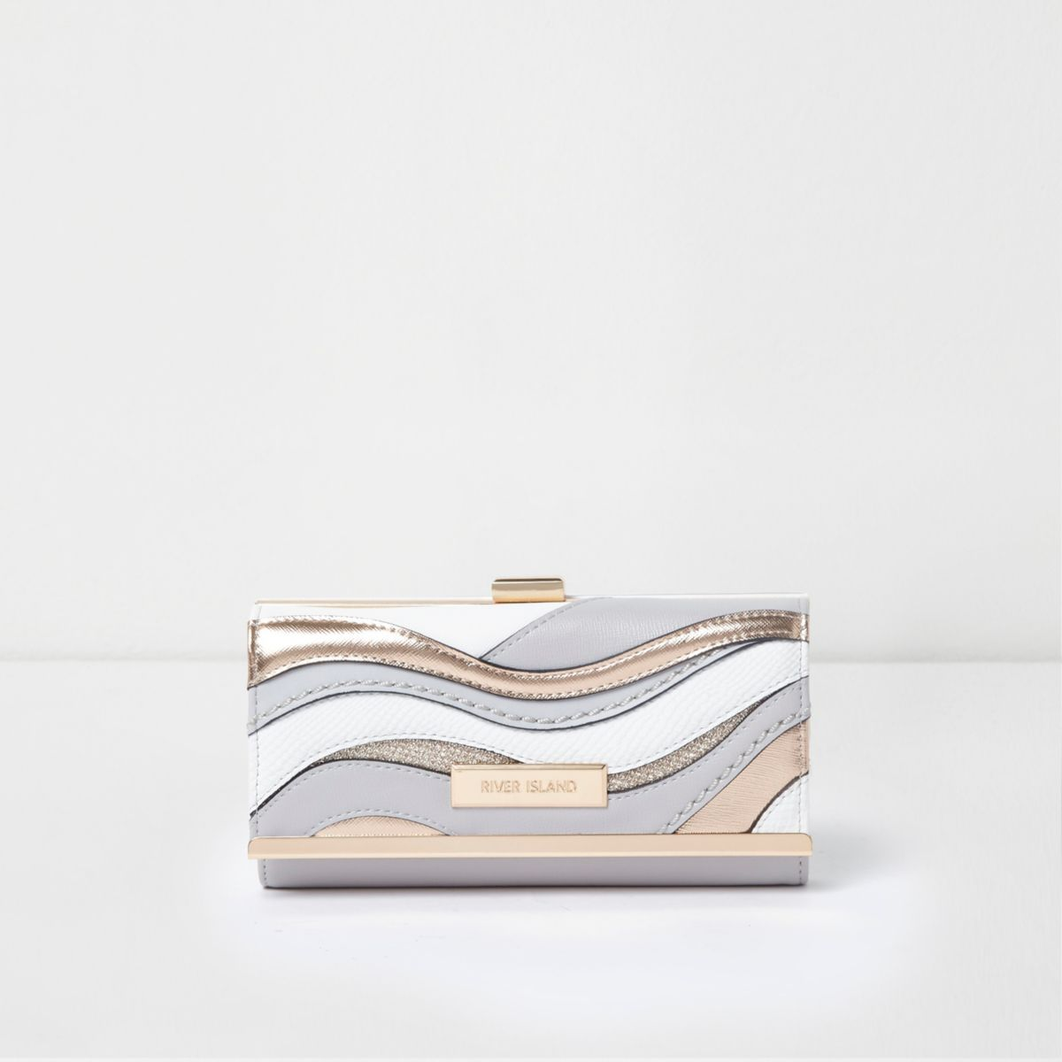 Light grey metallic cutabout clip top purse