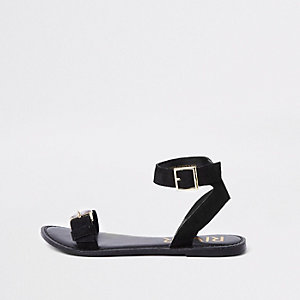 Black faux leather gem buckle sandals