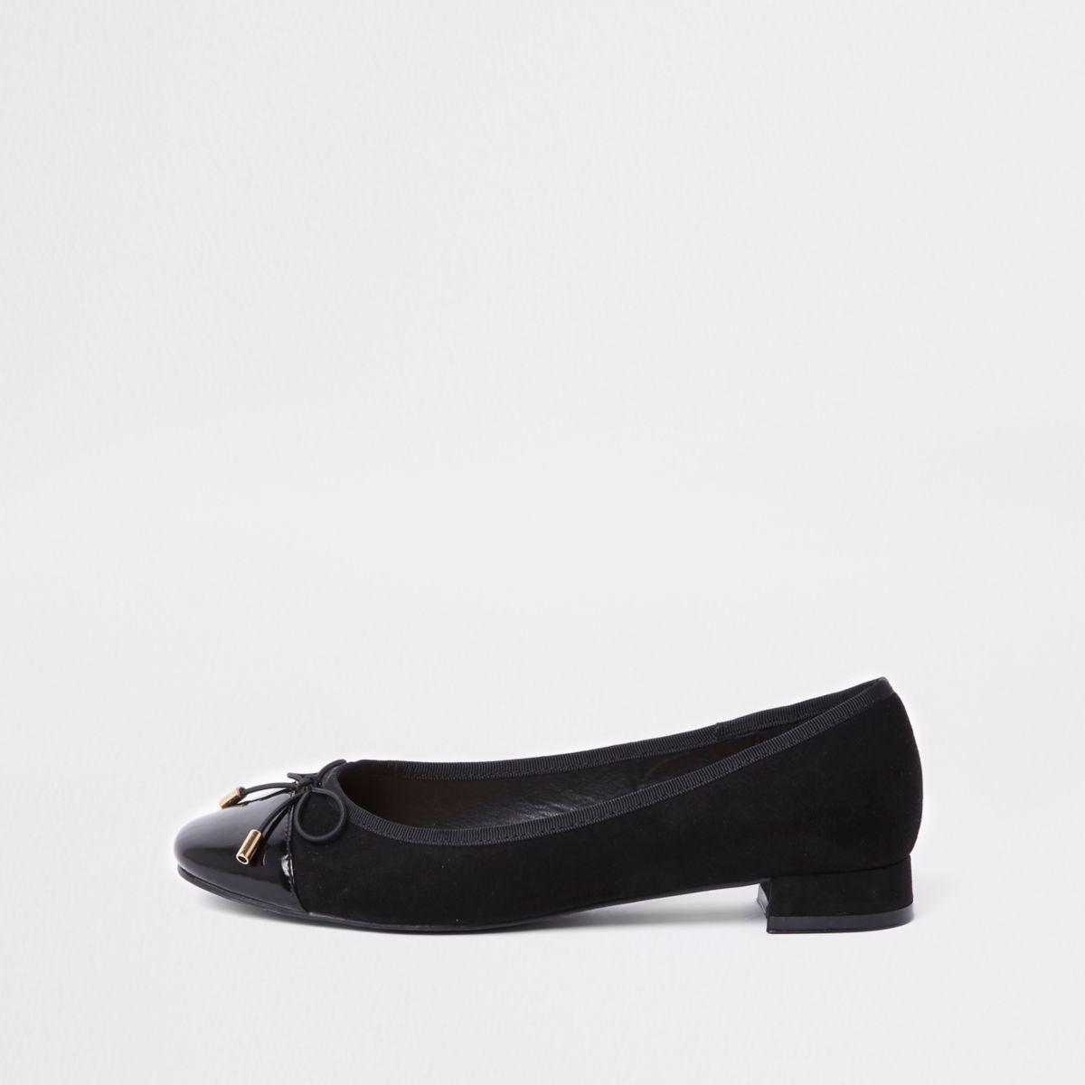 Zwarte ballerinapumps met strik