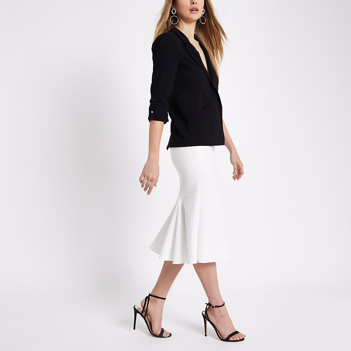 White jacquard flared hem pencil skirt