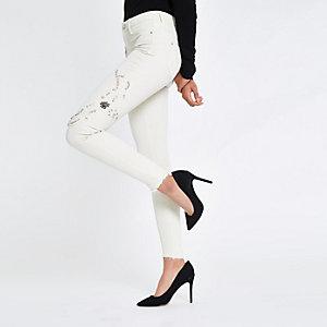 Molly – Weiße Jeans mit mittelhohem Bund