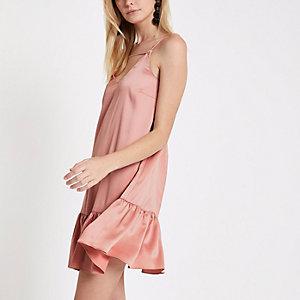 Robe caraco rose clair à ourlet asymétrique