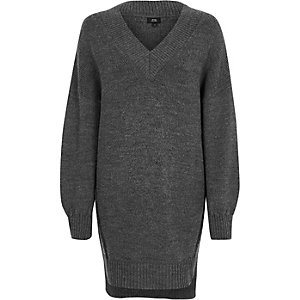 Dark grey V neck stepped hem sweater