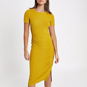 Yellow ruched short sleeve midi dress