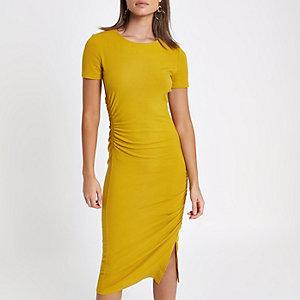 Yellow ruched short sleeve midi dress
