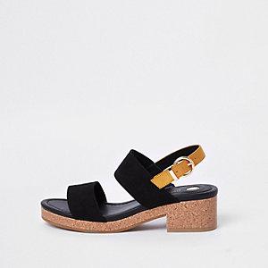 Sandales noires en deux parties à talon en liège