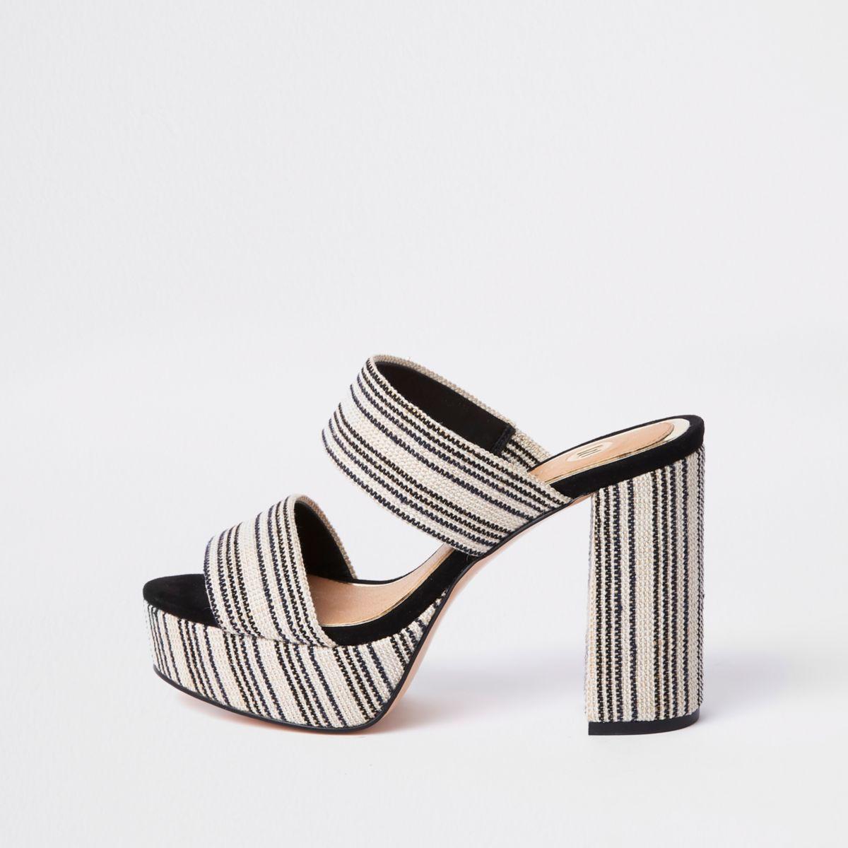 Sandales rayées blanches à plateforme et talon carré