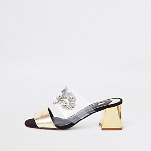 Sandales dorées à talons carrés