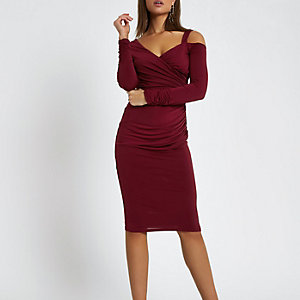 Dark red ruched bodycon midi dress