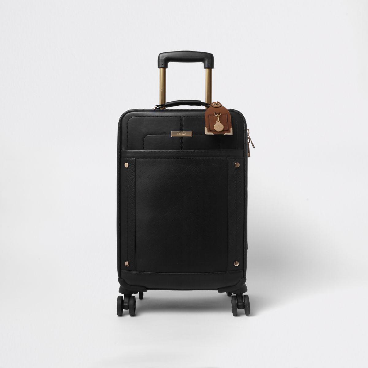 Zwarte koffer met vier wieltjes en voorvak
