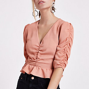 Petite pink ruched front puff sleeve crop top