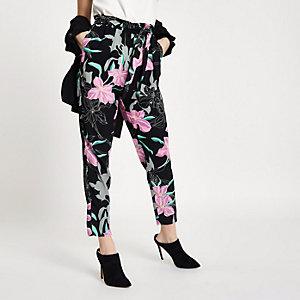 Petite – Pantalon fuselé noir à imprimé floral avec taille à nouer