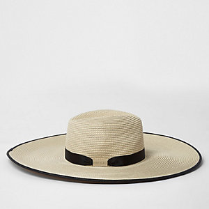 Beige floppy oversized straw fedora hat