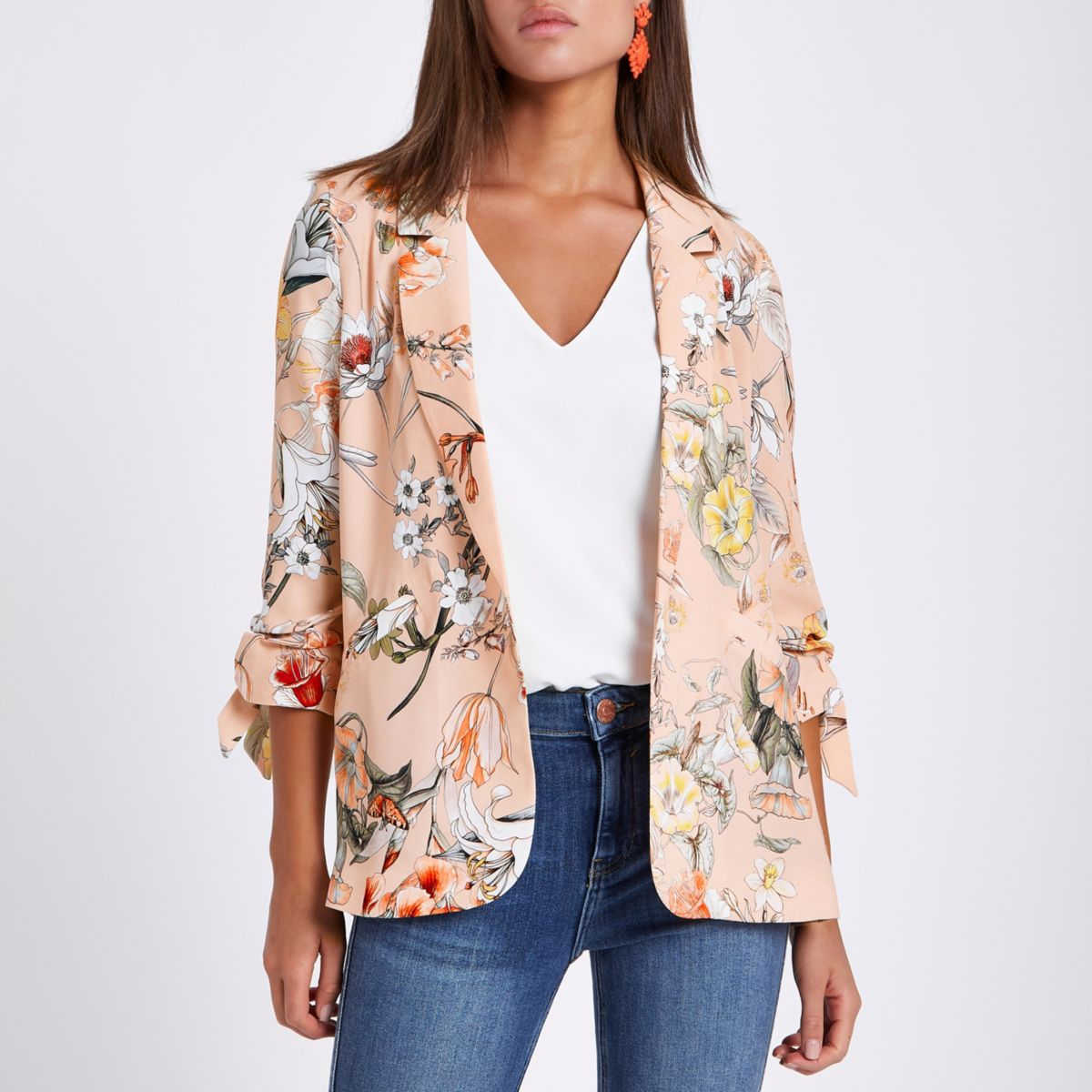 Pink floral ruched sleeve blazer