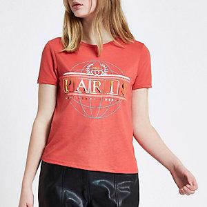 Rood aansluitend T-shirt met 'Paris'-folieprint