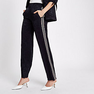 Navy jacquard stripe side pants