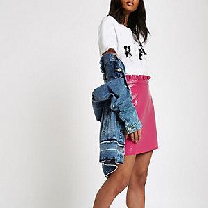 Mini-jupe en vinyle rose à taille froncée
