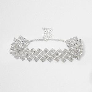Zilverkleurige chokerketting met siersteentjes en diamant