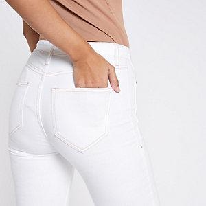Harper – Weiße Super Skinny Jeans mit grobem Saum