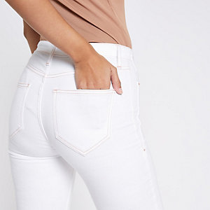 Harper – Jean ultra skinny blanc à ourlet brut