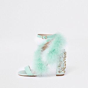 Sandales turquoise à plumes et talons carrés