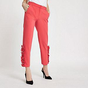 RI Petite - Roze broek met rechte pijpen en pareltjes aan de zoom