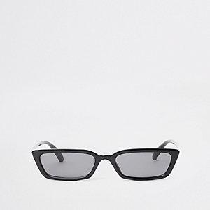 Zwarte zonnebril met getinte glazen en smal montuur