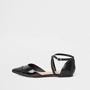 Zwarte puntige schoenen met bandjes