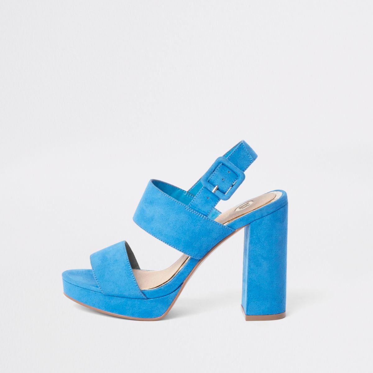 Blauwe sandalen met twee bandjes hak en plateauzool
