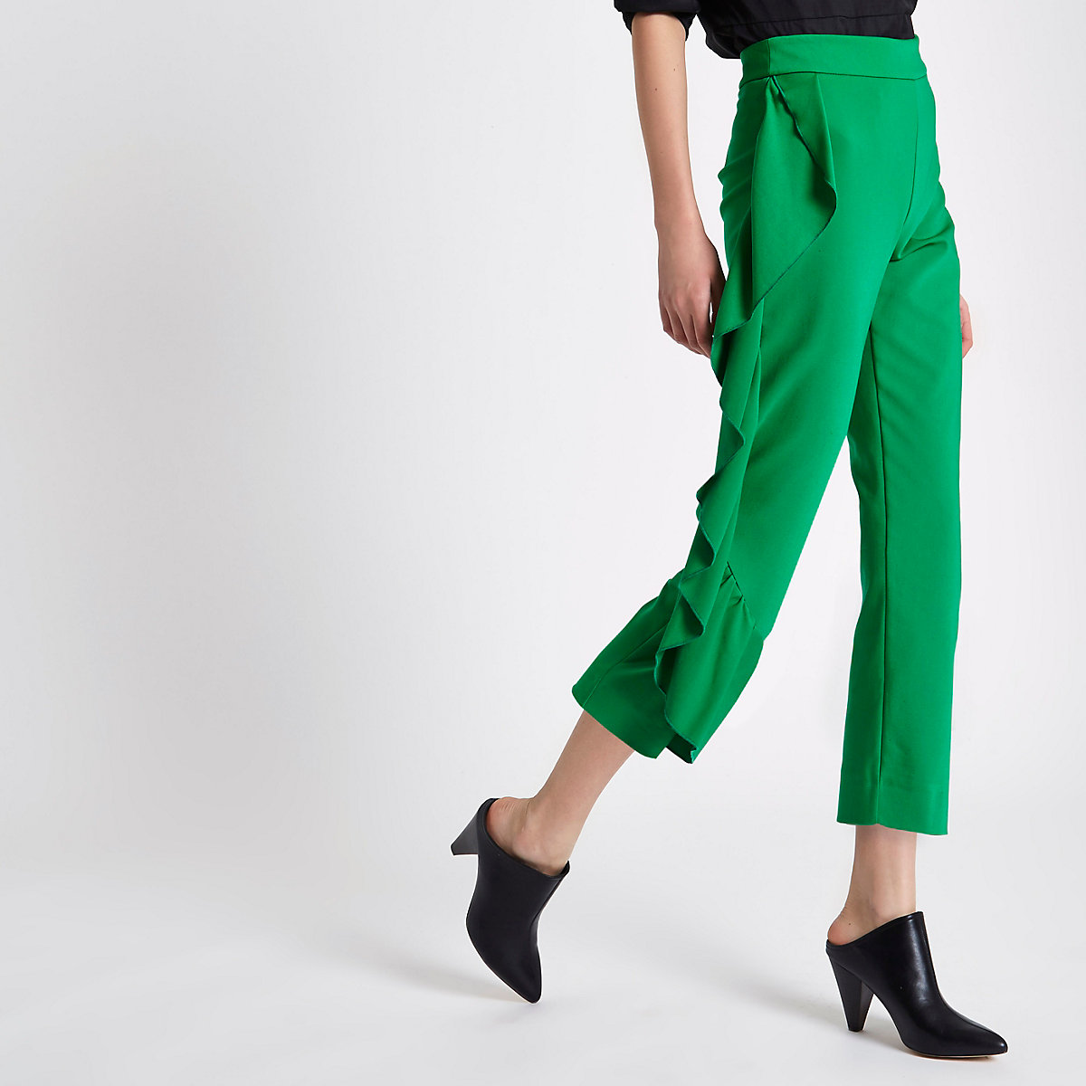 Green side frill cropped pants