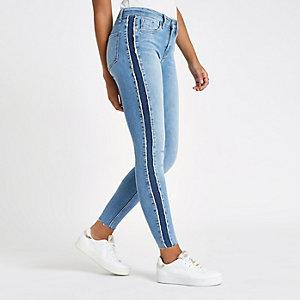 Amelie - Middenblauwe jeans met halfhoge taille en donker paneel