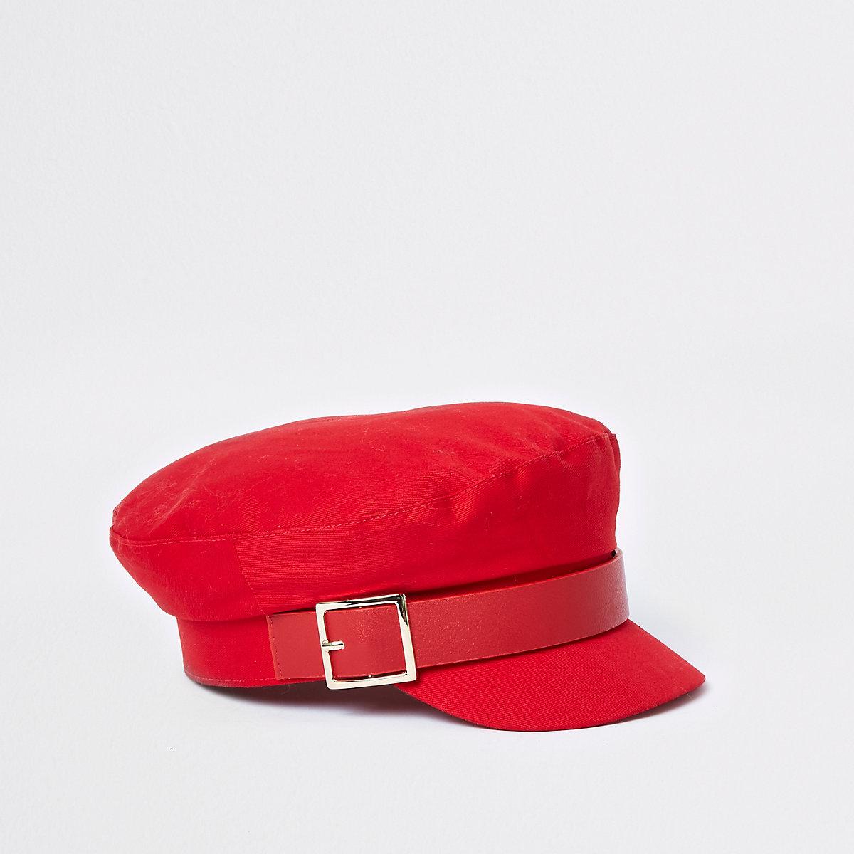 Red buckle baker boy hat