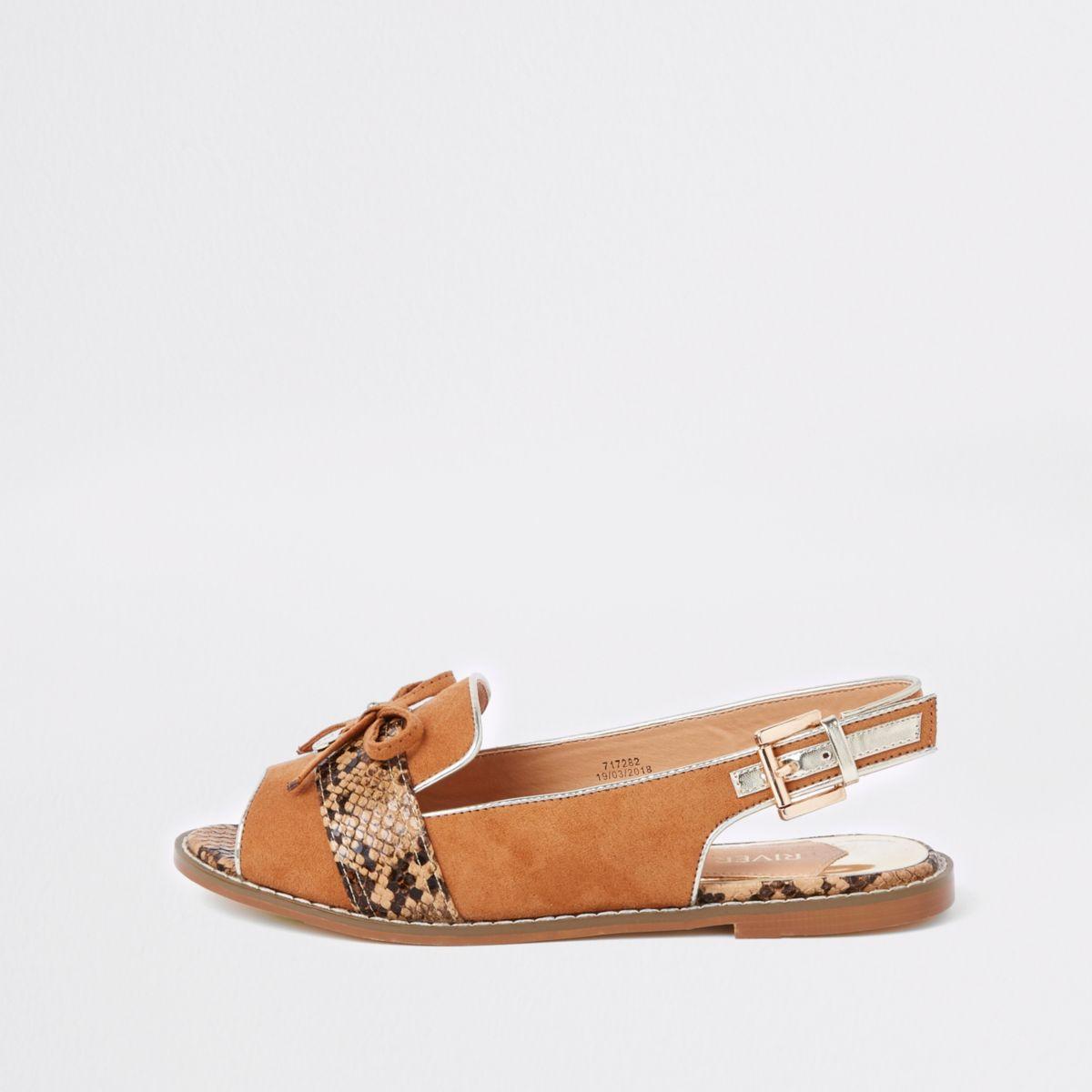 Bruine slingback loafers met brede pasvorm en slangenprint