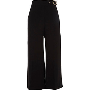Black ring buckle culottes
