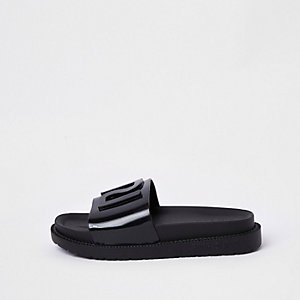 Black RI branded jelly sliders