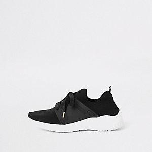 Baskets de course noires lacées en maille