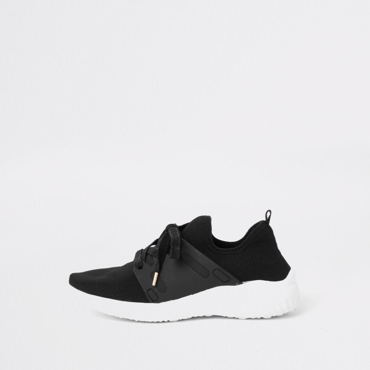 Zwarte gebreide vetersneakers