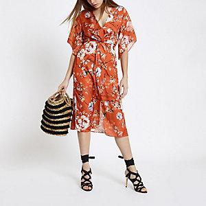 Oranje midi-jurk met bloemenprint en kimonomouwen