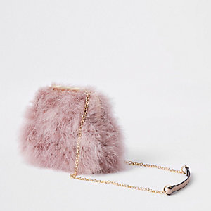 Pink feather clutch chain bag