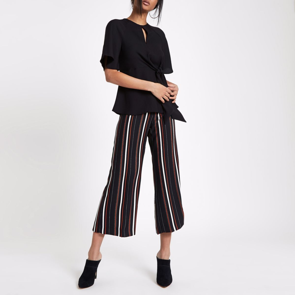 Black Short Sleeve Tie Front Blouse                                  Black Short Sleeve Tie Front Blouse by River Island