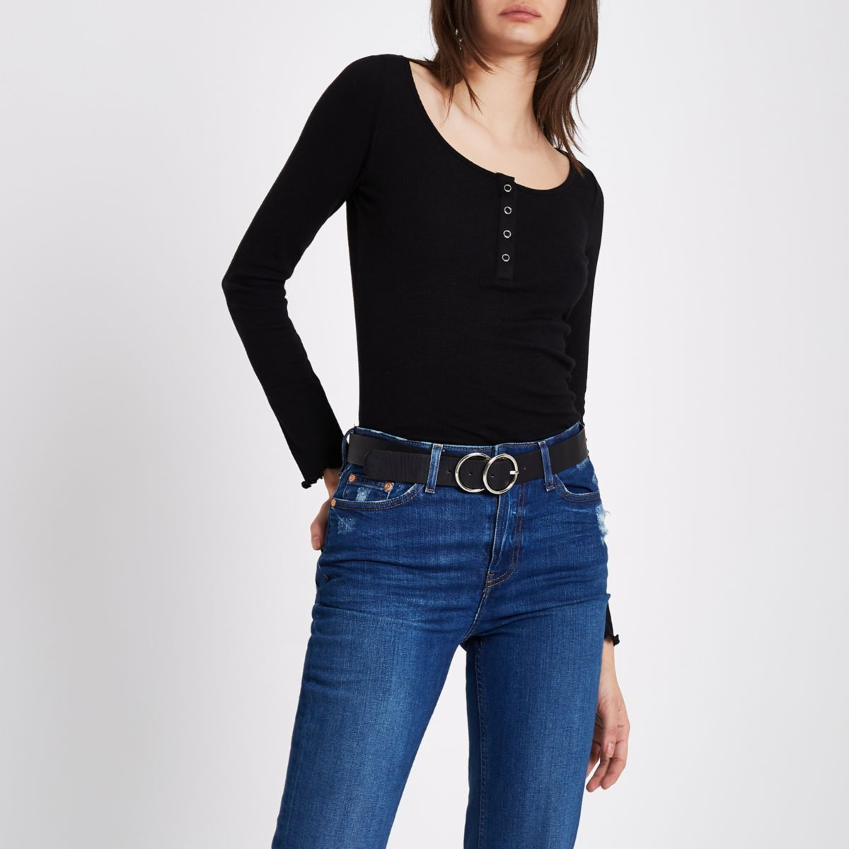 Black rib popper scoop neck top