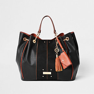 Black tassel chain underarm slouch bag